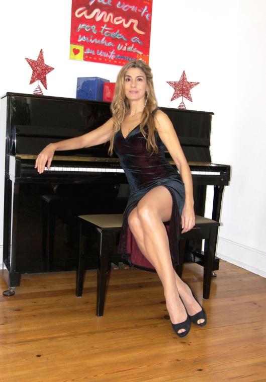 Mila_Ferreira_Piano2