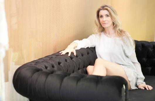 Mila_Ferreira_Sofa1